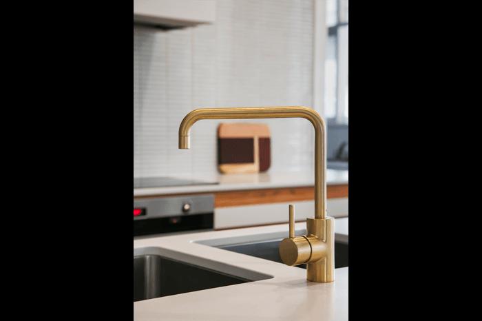 glenelg south kitchen tap