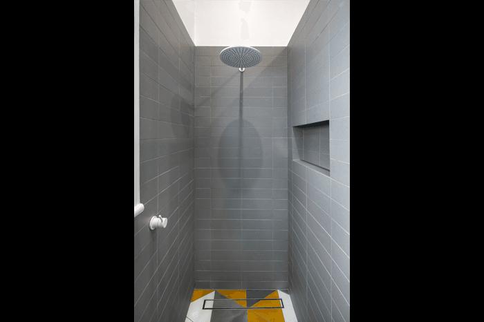 Royston Park Shower